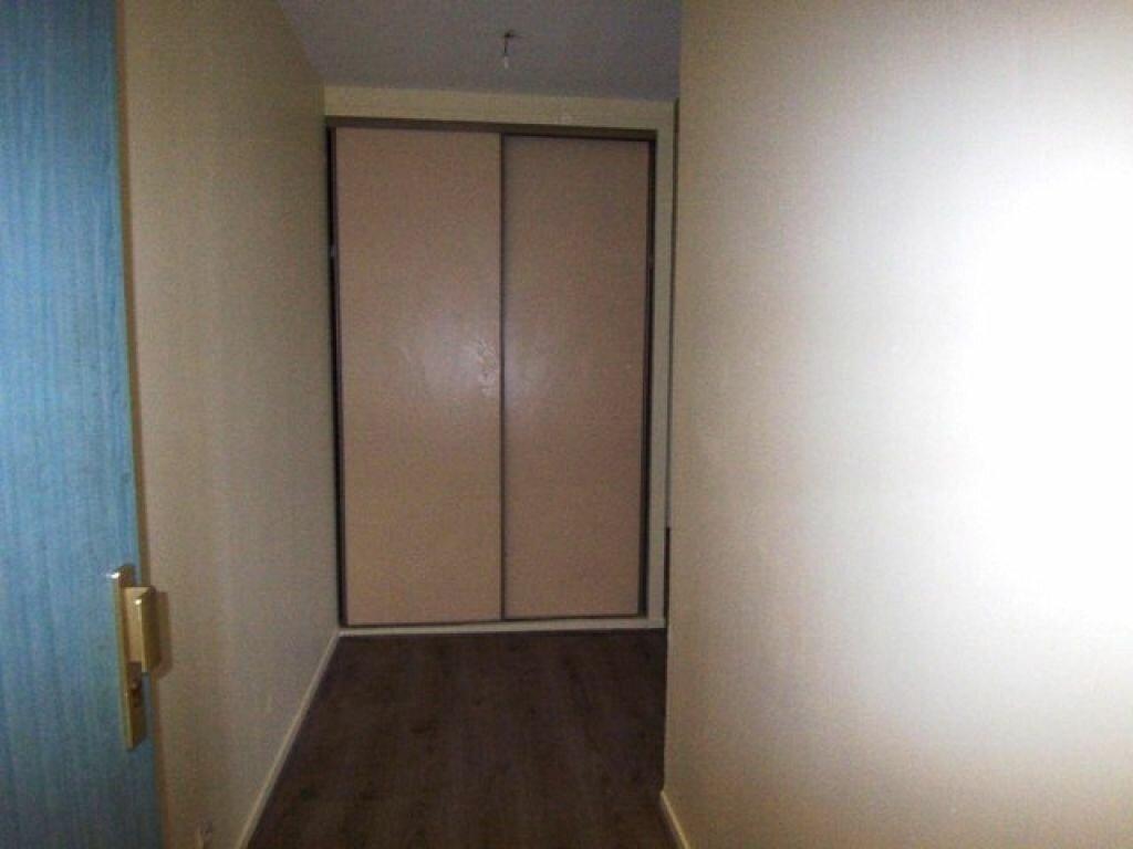 Appartement à louer 3 57m2 à Montargis vignette-7