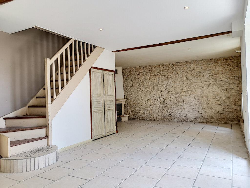 Appartement à louer 4 94.46m2 à Thimory vignette-2