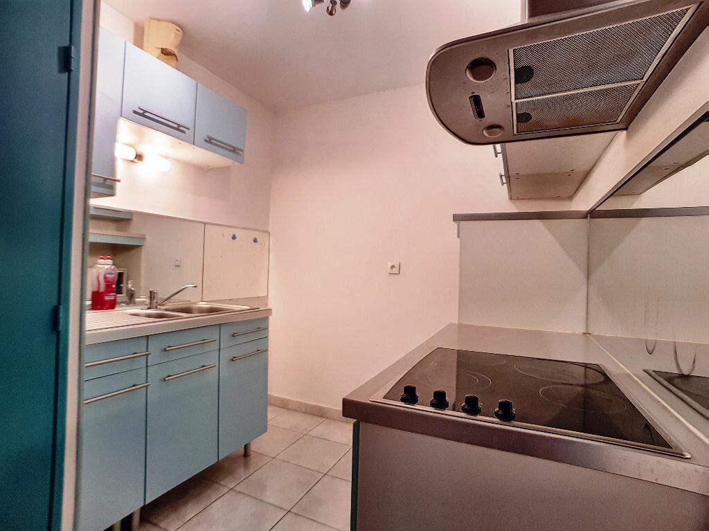 Appartement à louer 1 36m2 à Montargis vignette-3