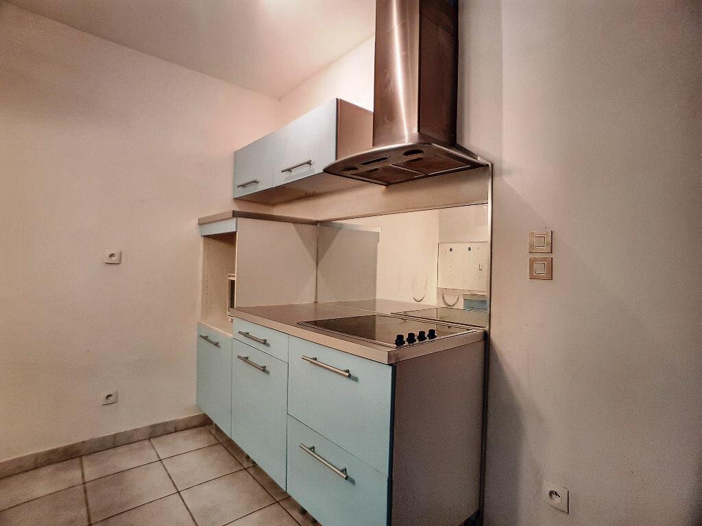 Appartement à louer 1 36m2 à Montargis vignette-4