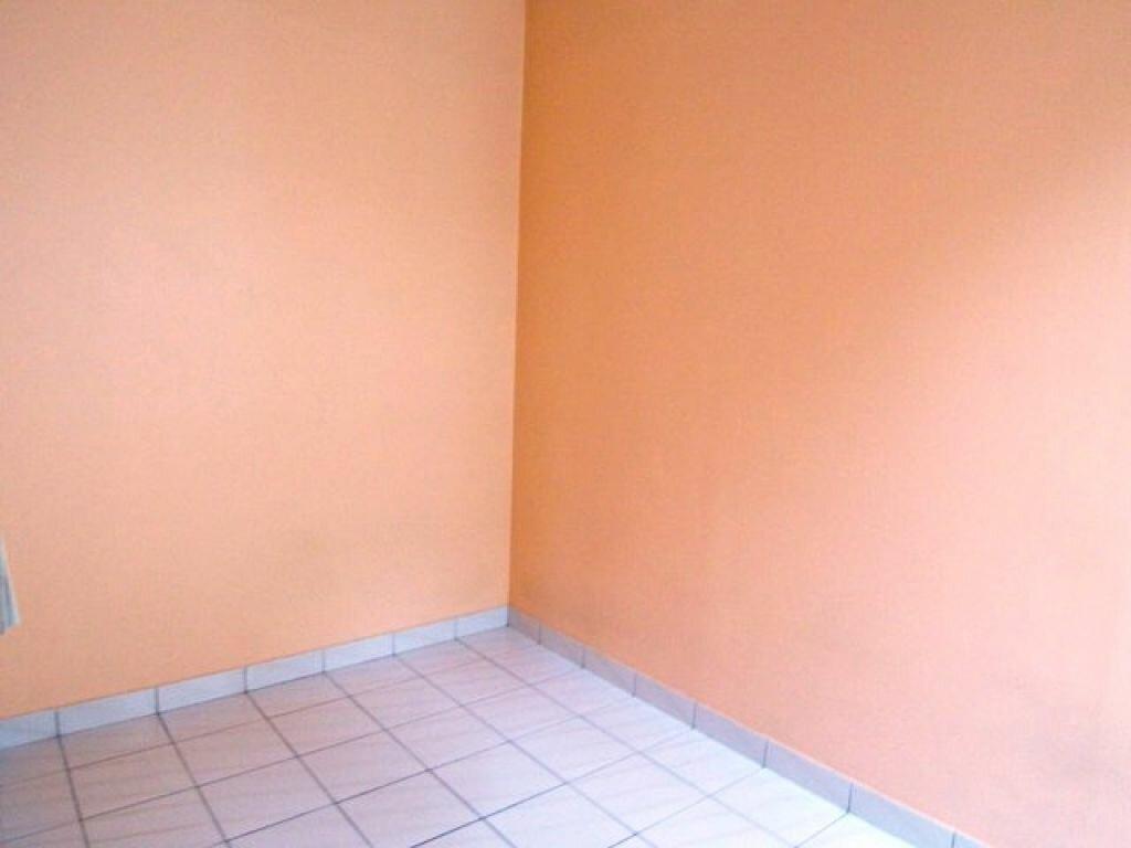 Appartement à louer 1 25m2 à Montargis vignette-5
