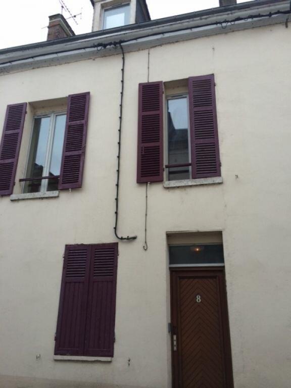 Appartement à louer 1 25m2 à Montargis vignette-6