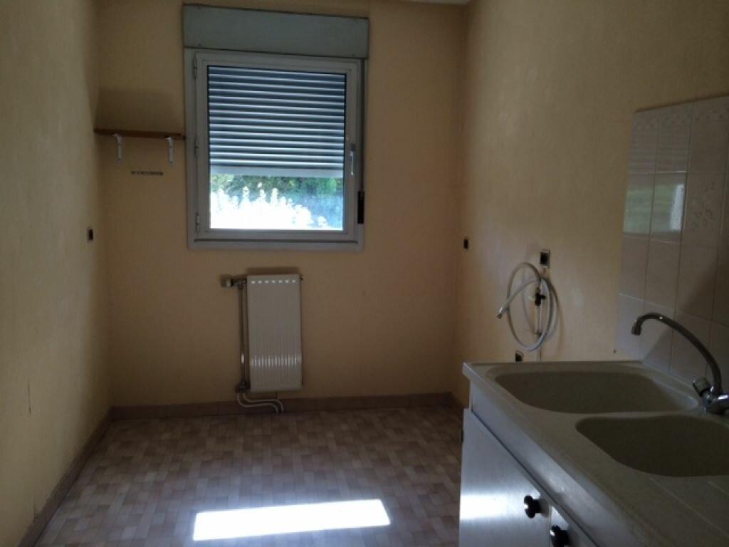 Appartement à louer 4 85m2 à Montargis vignette-3