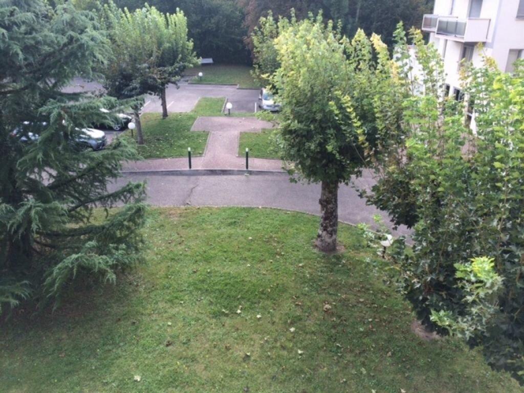 Appartement à louer 4 85m2 à Montargis vignette-5