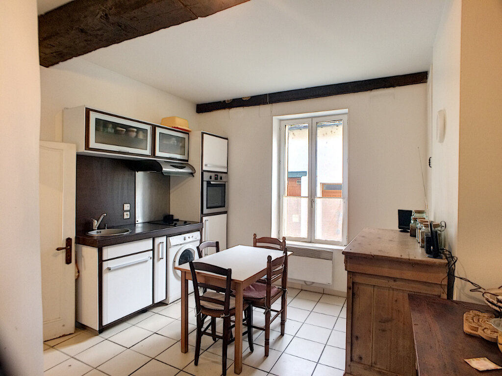 Maison à louer 2 49m2 à Montargis vignette-2