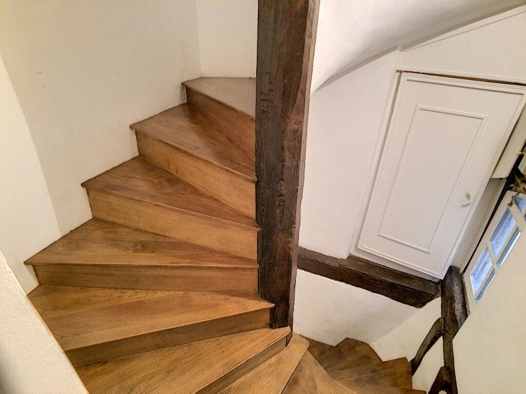 Maison à louer 2 49m2 à Montargis vignette-3