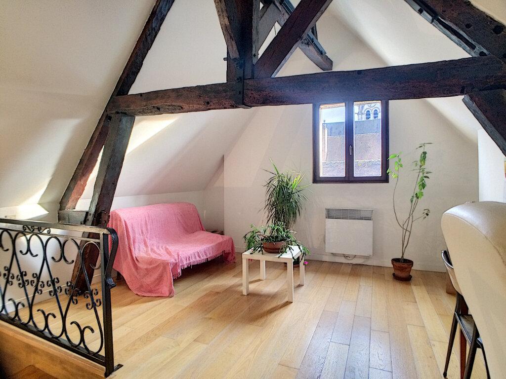 Maison à louer 2 49m2 à Montargis vignette-6