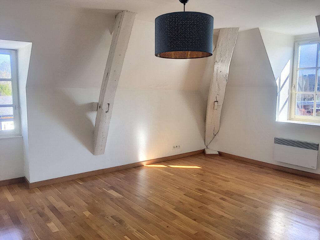 Appartement à louer 3 75m2 à Montargis vignette-3