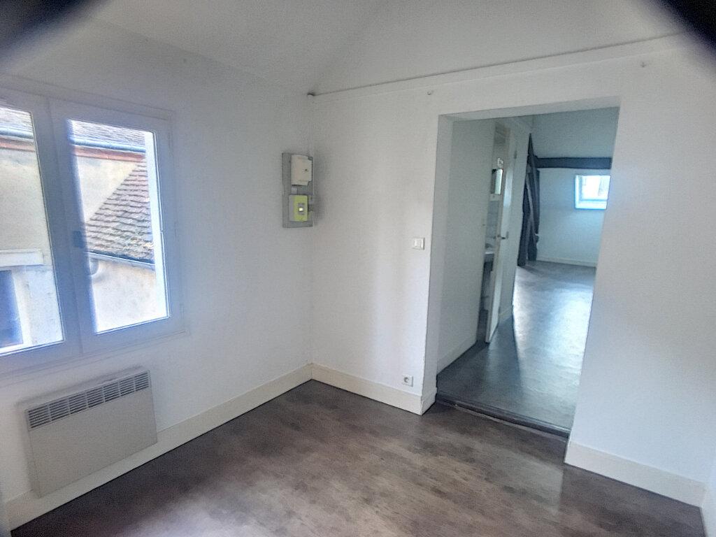 Appartement à louer 2 44.4m2 à Montargis vignette-2