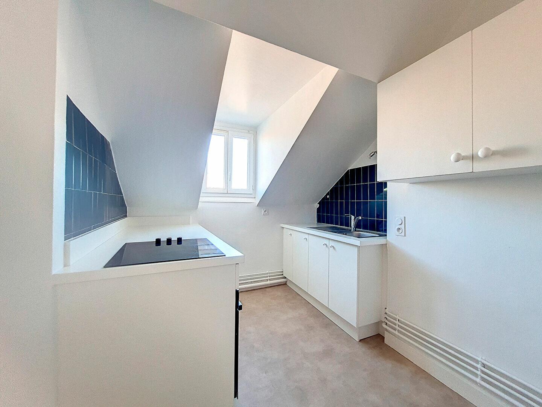Appartement à louer 3 86m2 à Montargis vignette-3