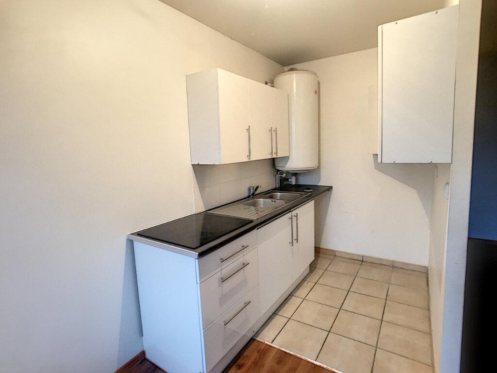 Appartement à vendre 3 65.58m2 à Montargis vignette-5