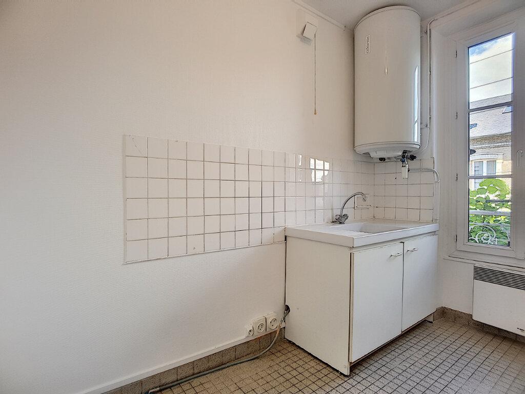 Appartement à louer 2 42.4m2 à Malesherbes vignette-3