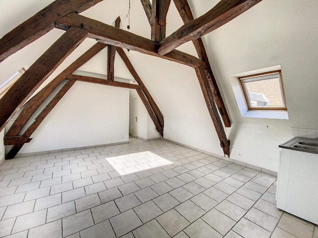 Appartement à louer 3 43.52m2 à Pithiviers vignette-1