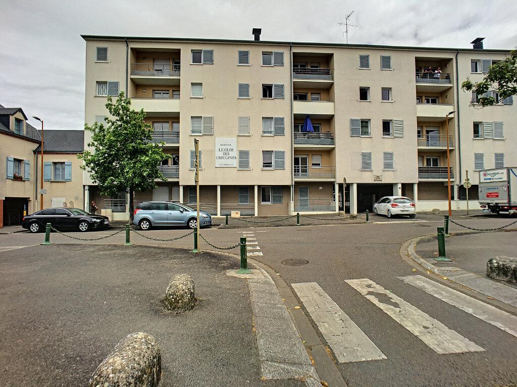 Appartement à vendre 3 65m2 à Montargis vignette-1