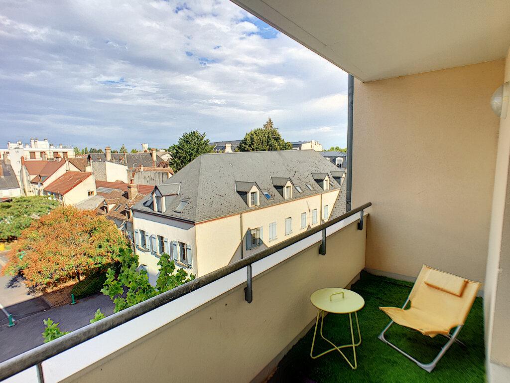 Appartement à vendre 3 65m2 à Montargis vignette-4