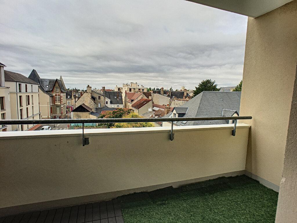 Appartement à vendre 3 65m2 à Montargis vignette-5