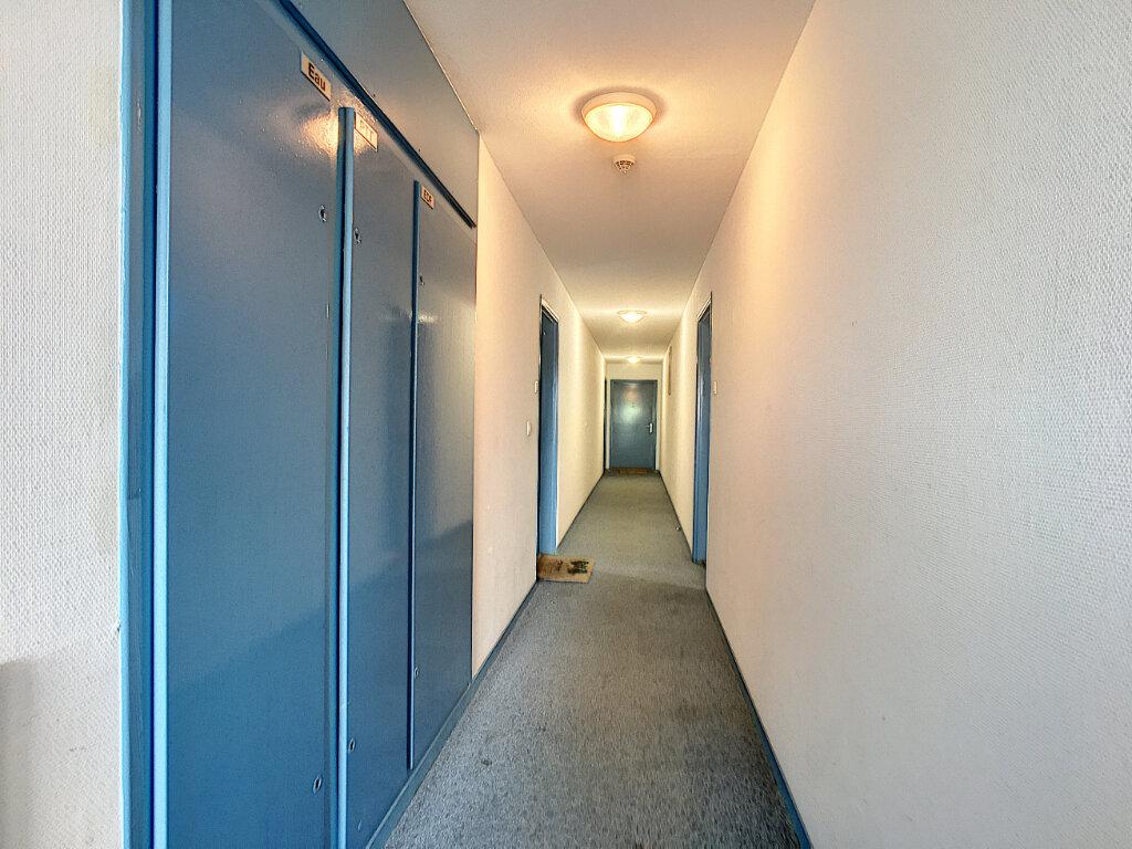 Appartement à vendre 3 65m2 à Montargis vignette-15