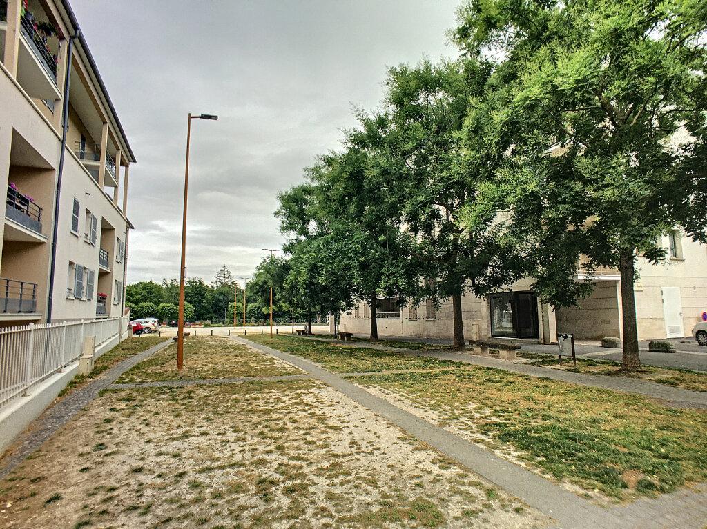 Appartement à vendre 3 65m2 à Montargis vignette-17