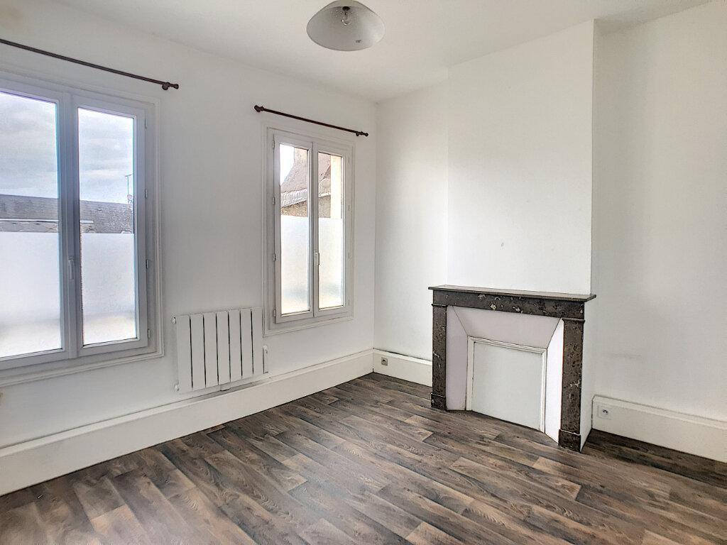 Appartement à louer 2 48m2 à Montargis vignette-2