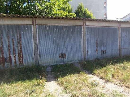 Stationnement à louer 0 15m2 à Châlette-sur-Loing vignette-1