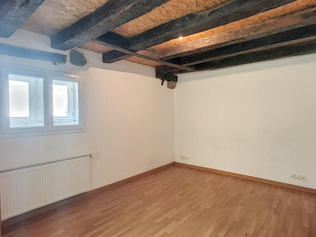 Appartement à louer 2 69.9m2 à Beaugency vignette-4