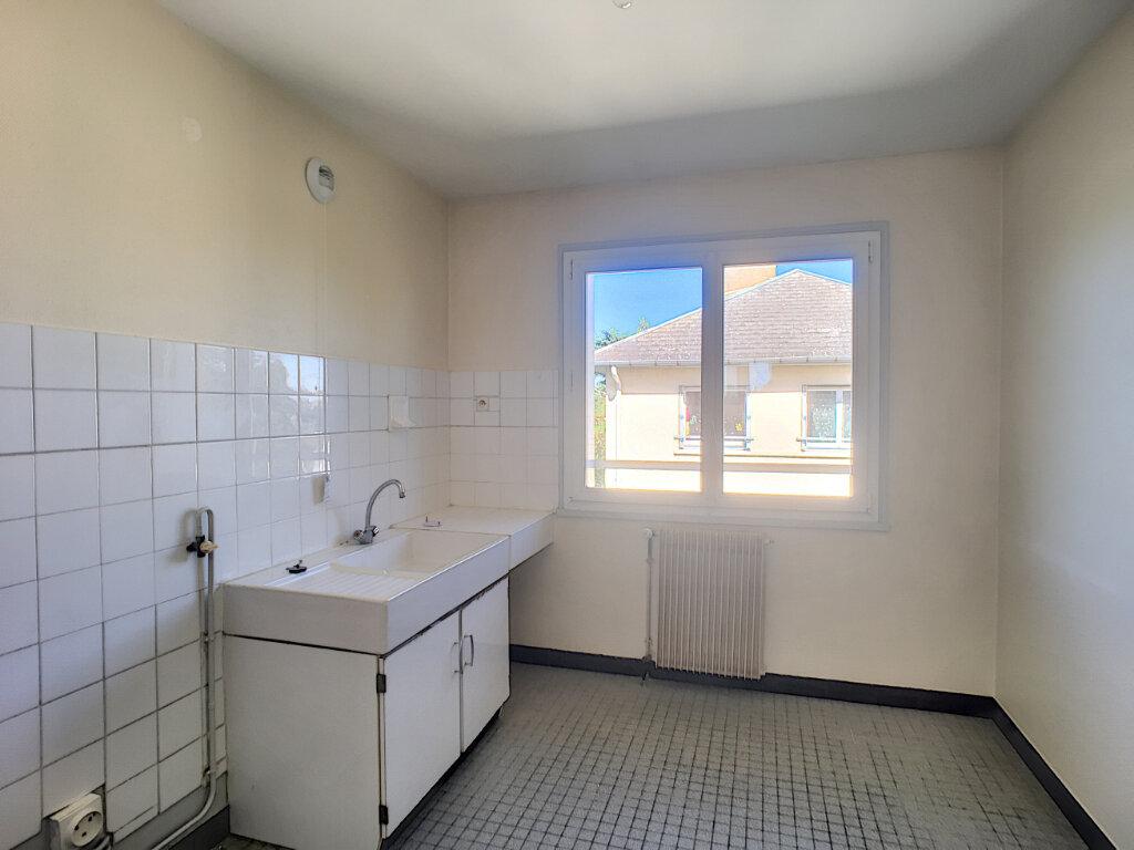 Appartement à louer 3 61m2 à Beaugency vignette-5