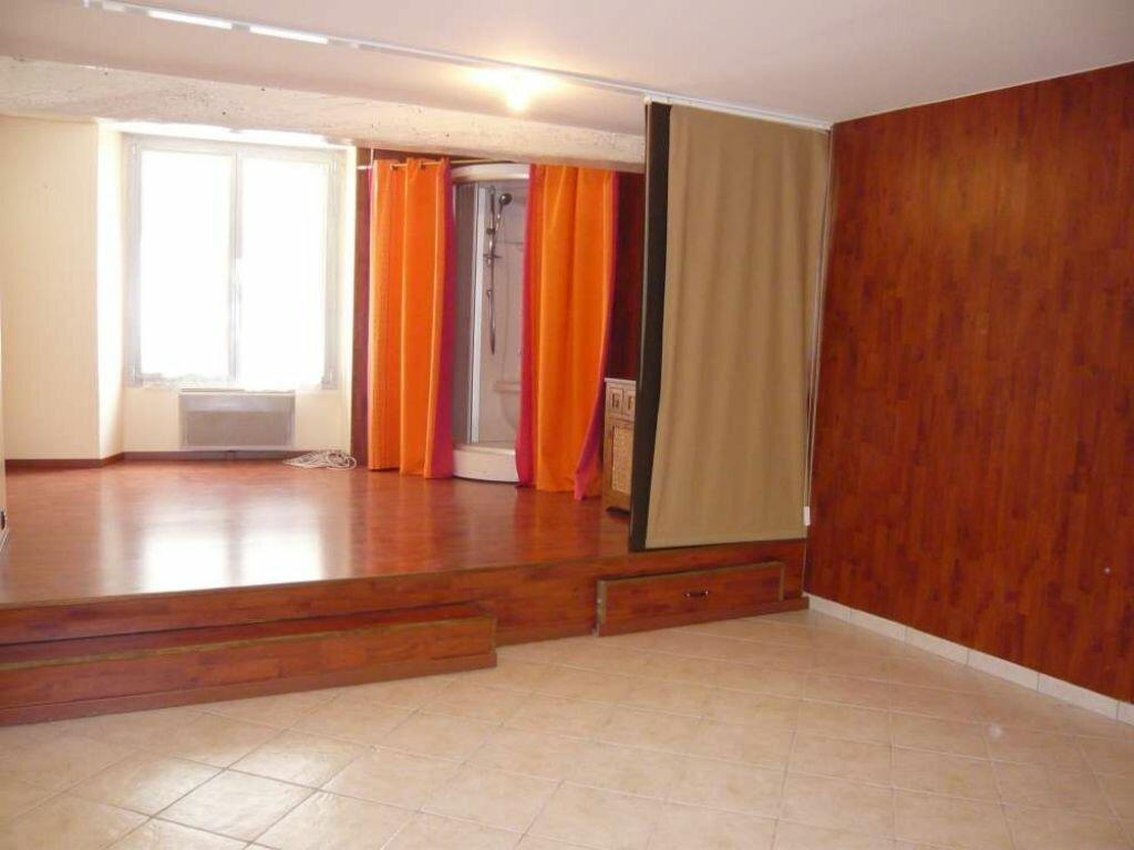 Appartement à louer 2 56.4m2 à Beaugency vignette-2