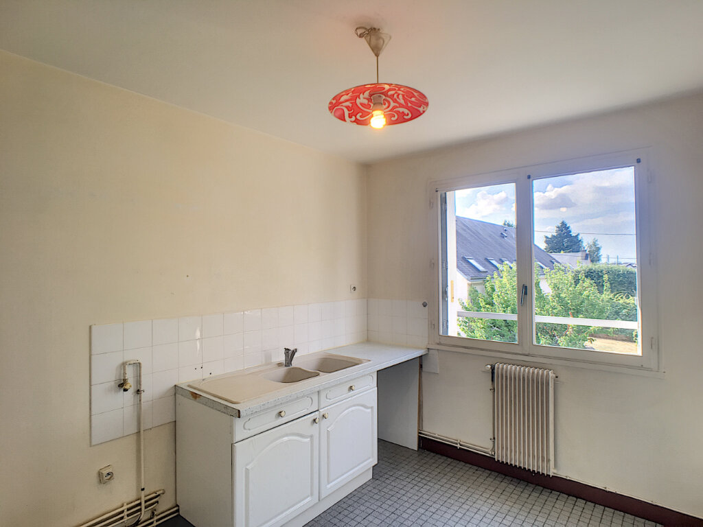 Appartement à louer 3 61.29m2 à Beaugency vignette-3