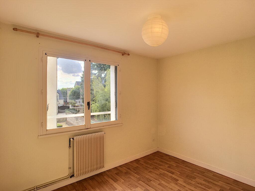 Appartement à louer 3 61.29m2 à Beaugency vignette-5