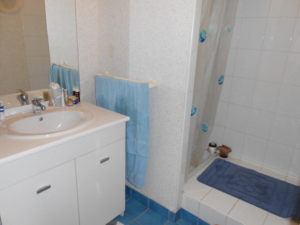Appartement à louer 2 54.8m2 à Blois vignette-6