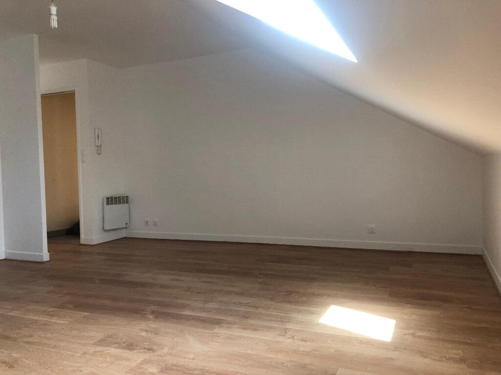 Appartement à louer 2 31.61m2 à Beaugency vignette-6