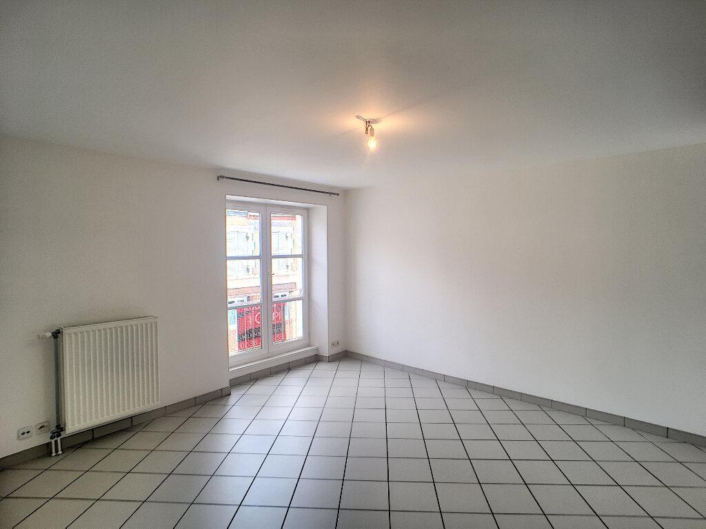 Appartement à louer 3 56.81m2 à Beaugency vignette-4