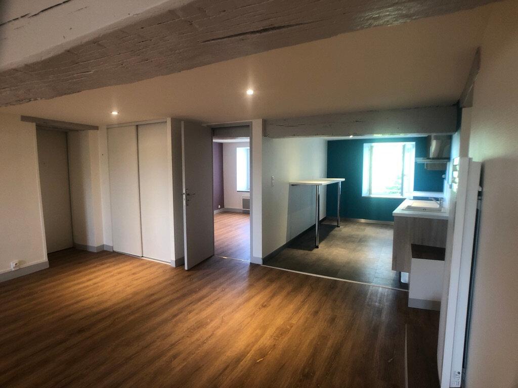 Appartement à louer 3 95.93m2 à Meung-sur-Loire vignette-2