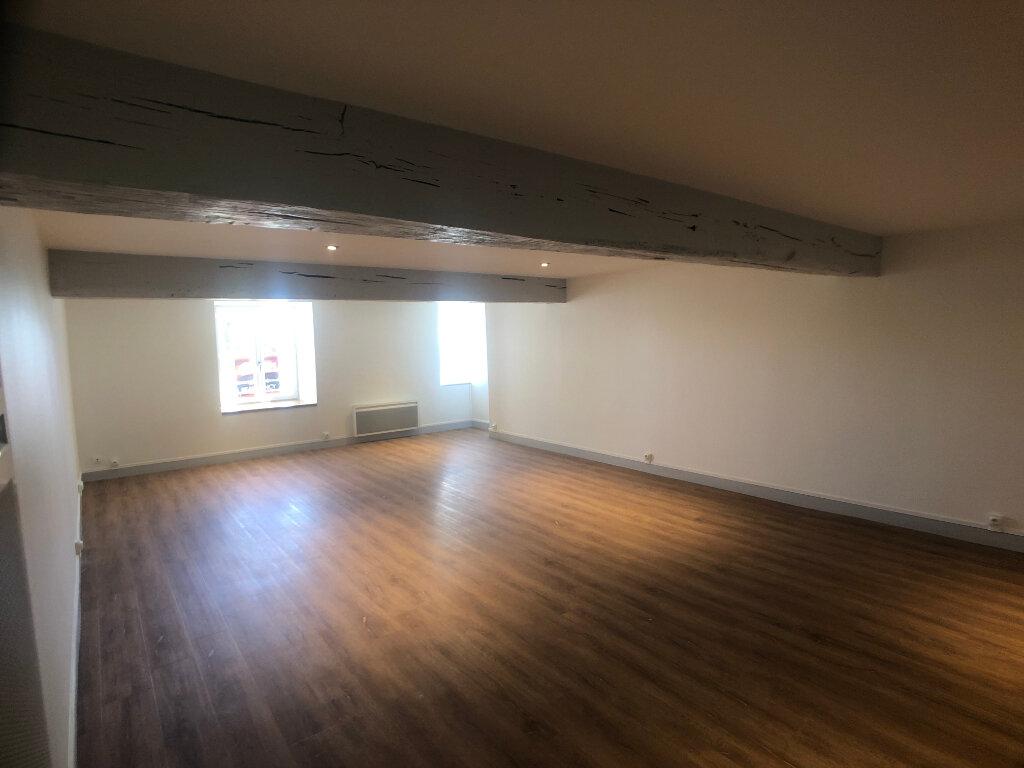 Appartement à louer 3 95.93m2 à Meung-sur-Loire vignette-3