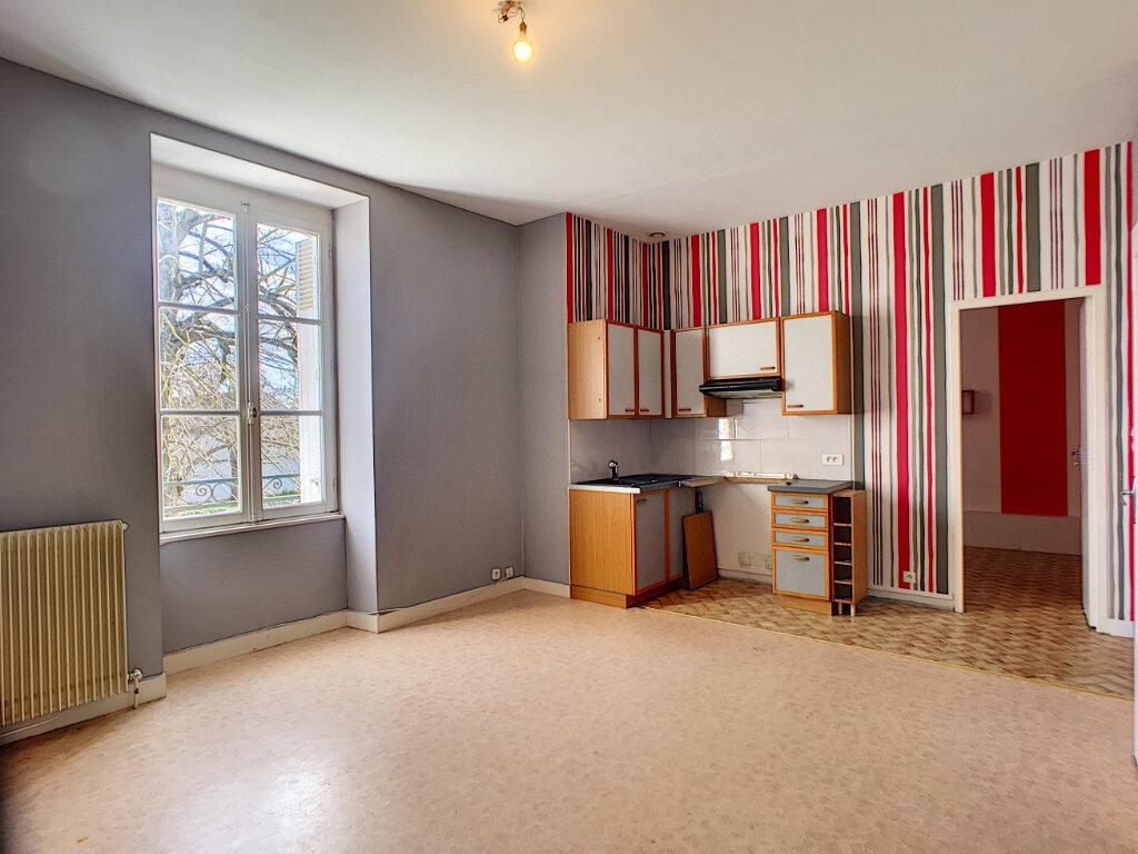 Appartement à louer 3 53.1m2 à Beaugency vignette-2