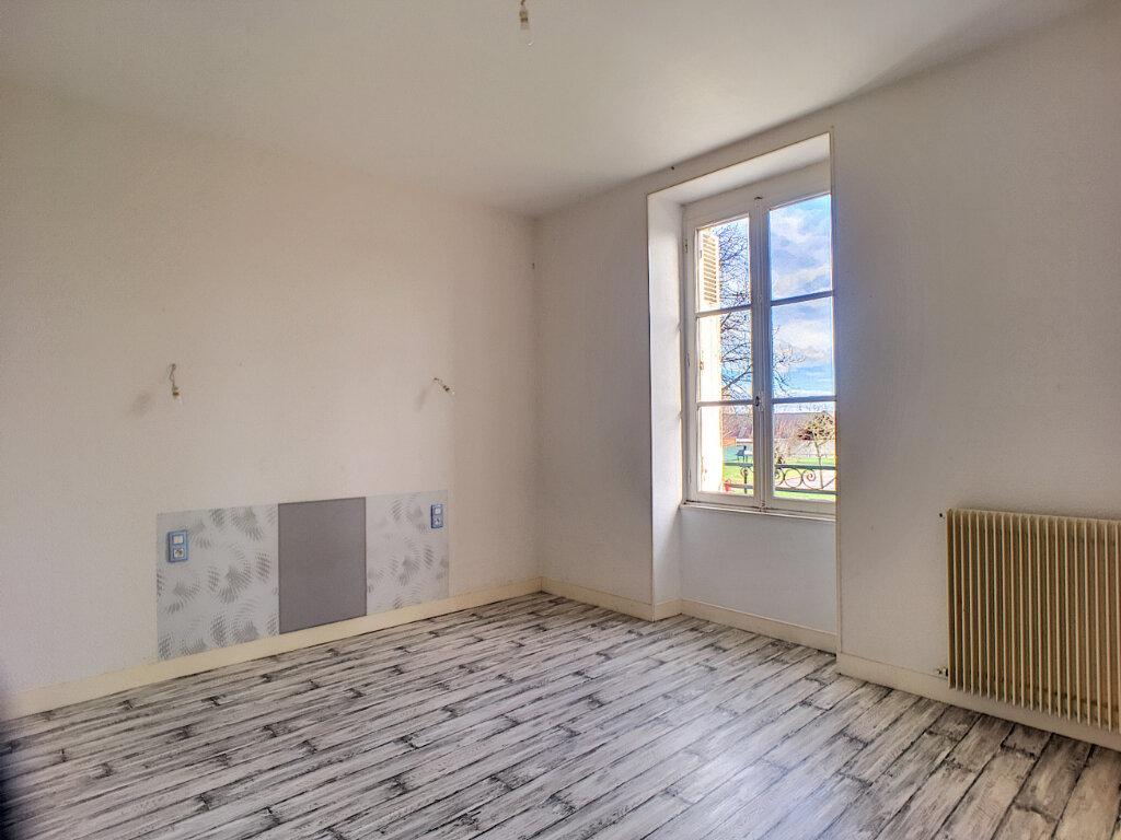 Appartement à louer 3 53.1m2 à Beaugency vignette-3