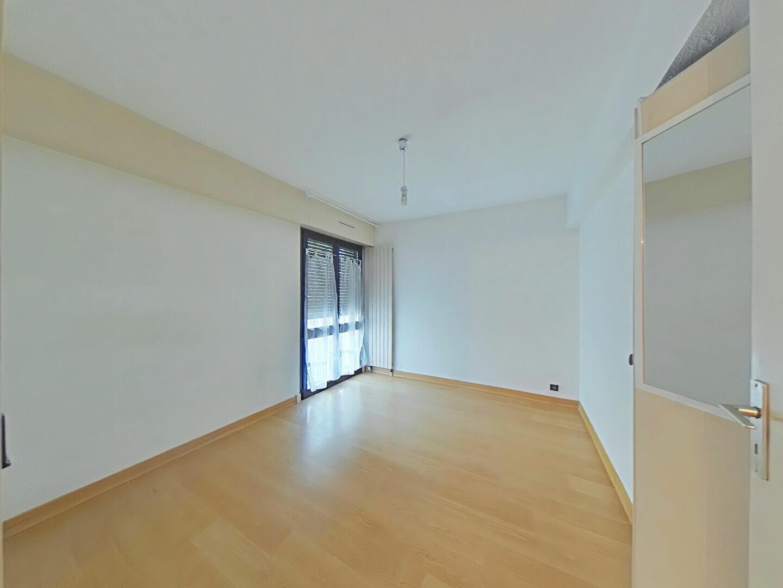 Appartement à louer 4 85m2 à Romans-sur-Isère vignette-2