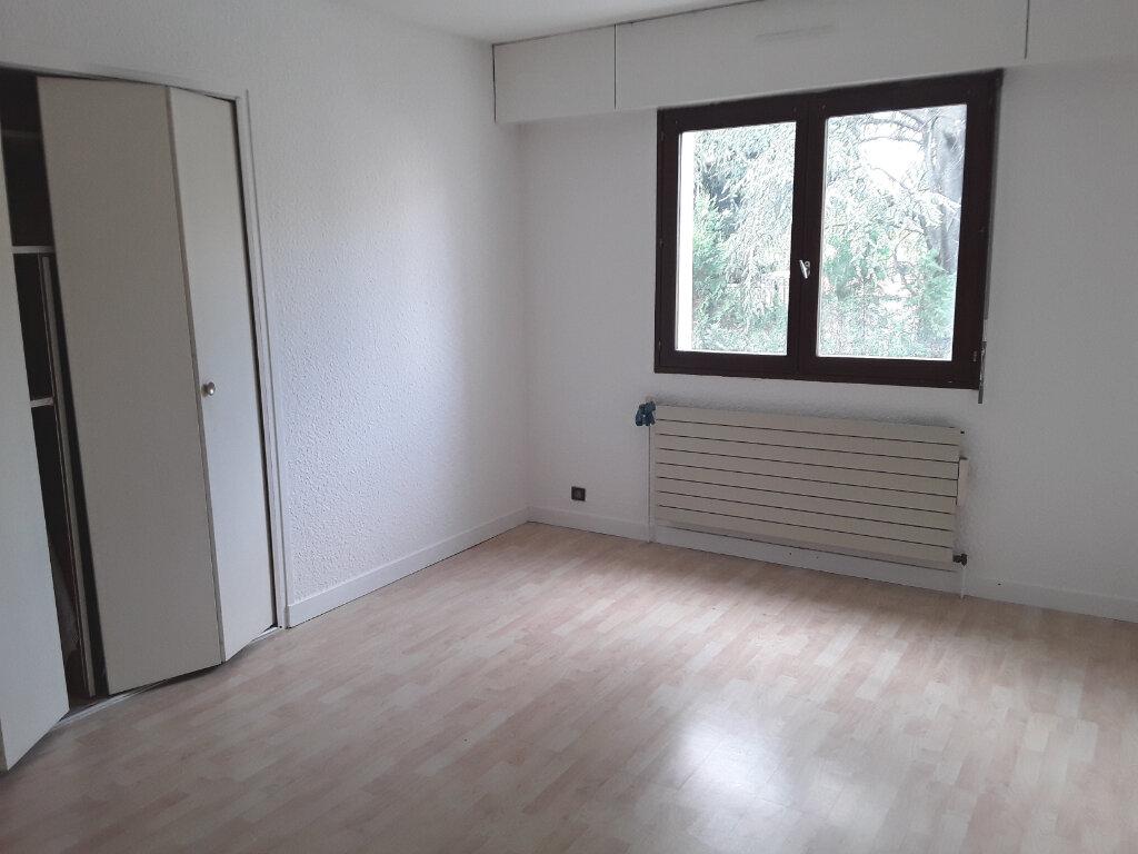 Appartement à louer 3 70m2 à Romans-sur-Isère vignette-3