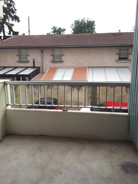 Appartement à louer 3 70m2 à Romans-sur-Isère vignette-5