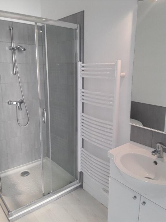 Appartement à louer 1 32m2 à Romans-sur-Isère vignette-4