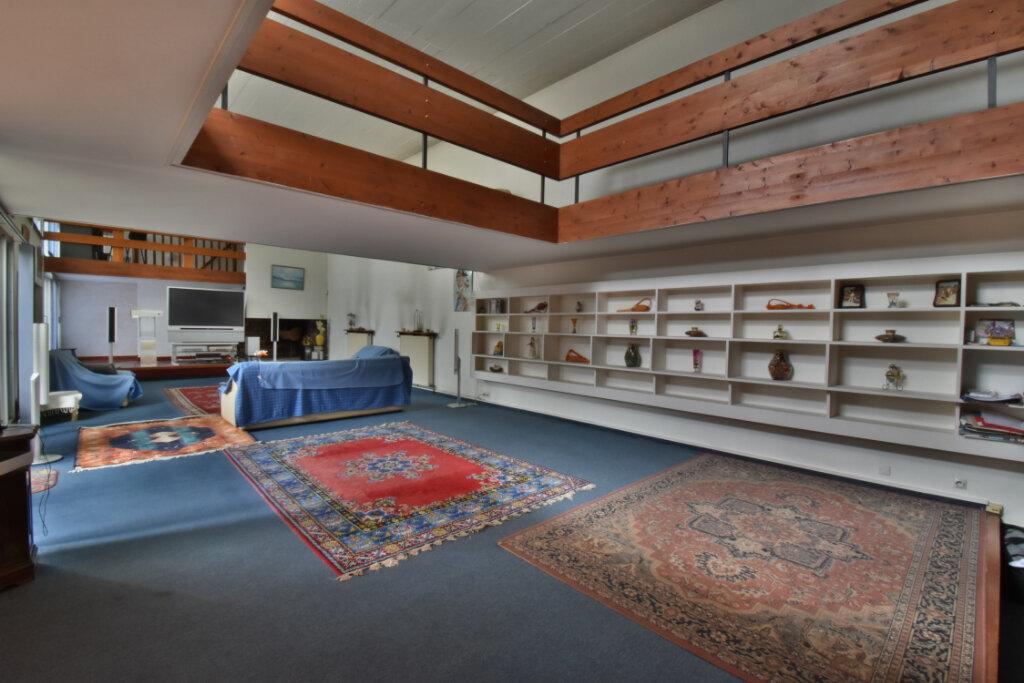 Maison à vendre 10 350m2 à Romans-sur-Isère vignette-1