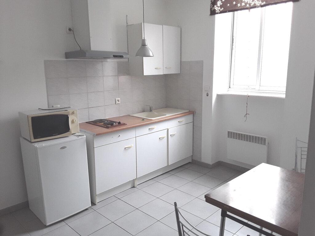 Appartement à louer 1 22m2 à Bourg-de-Péage vignette-1