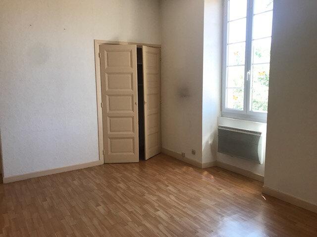 Appartement à louer 1 38m2 à Mours-Saint-Eusèbe vignette-4