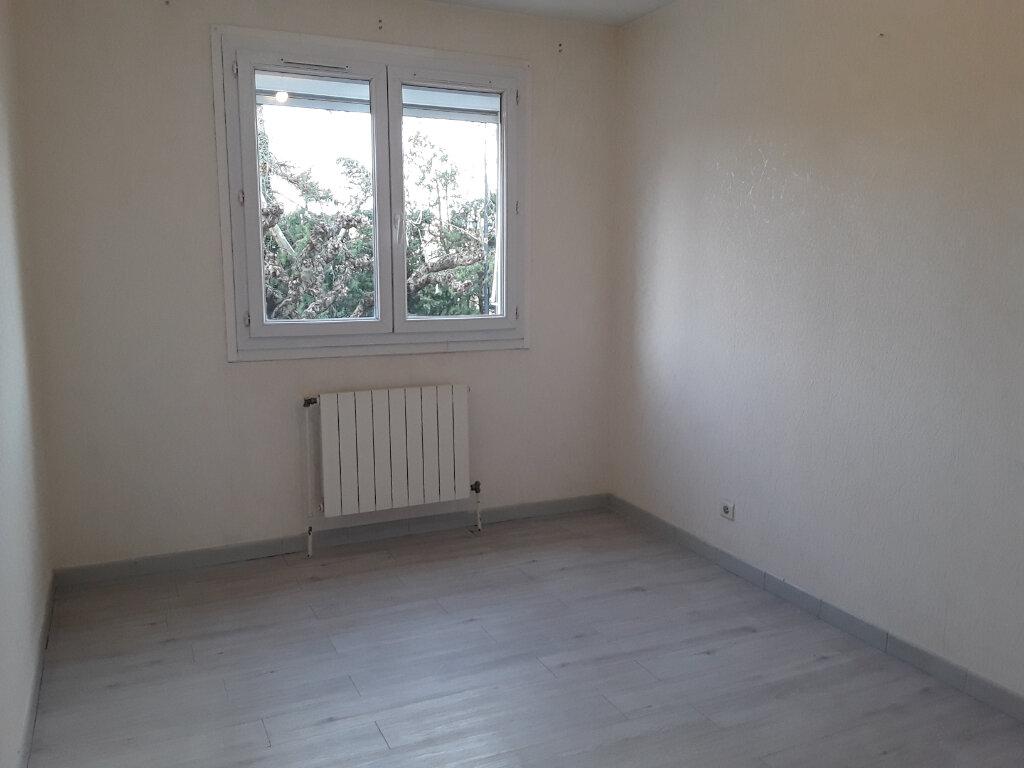 Appartement à louer 3 61.95m2 à Romans-sur-Isère vignette-5