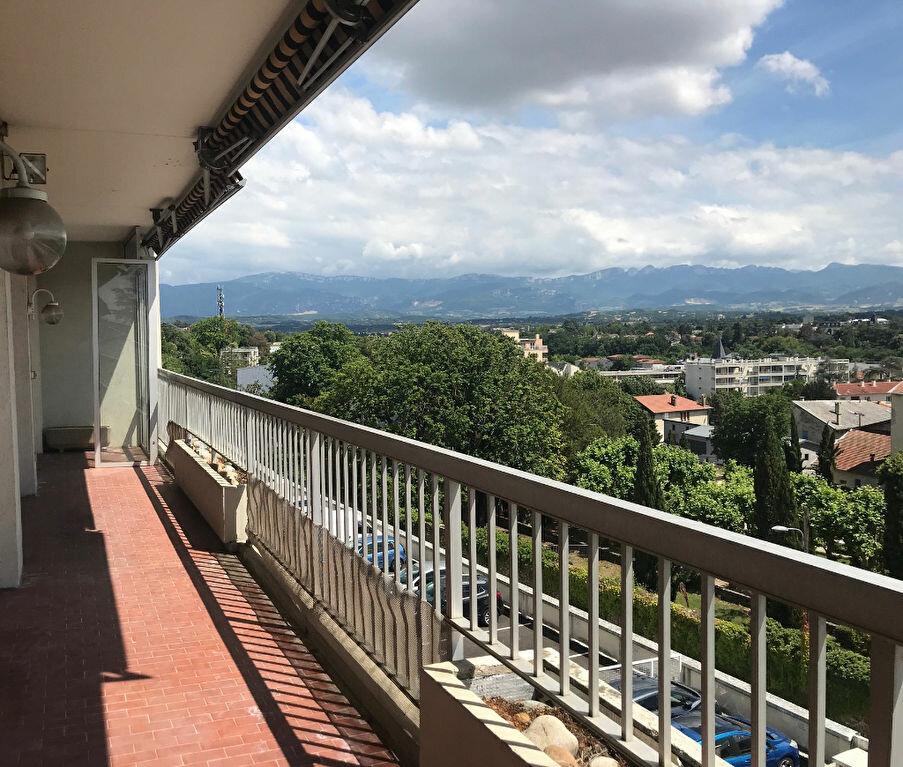 Appartement à louer 3 89m2 à Romans-sur-Isère vignette-1