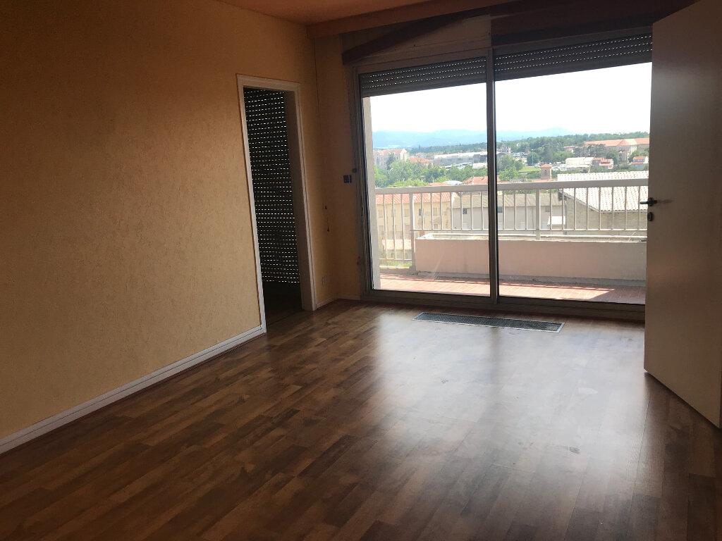 Appartement à louer 3 89m2 à Romans-sur-Isère vignette-5