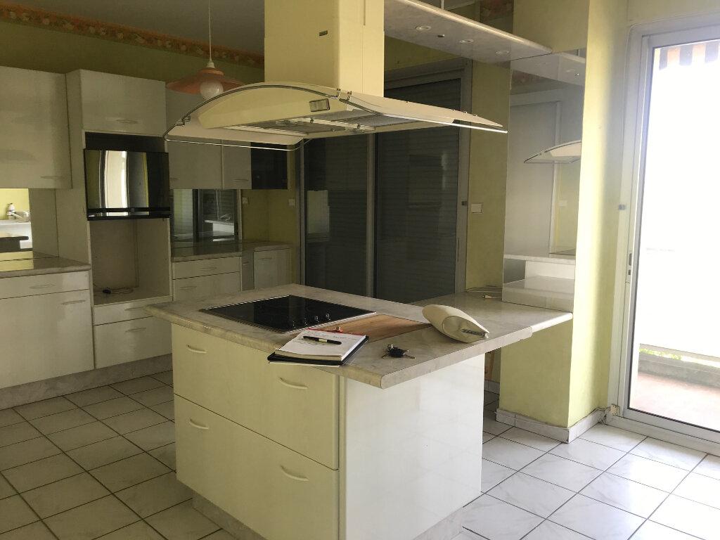 Appartement à louer 3 89m2 à Romans-sur-Isère vignette-6