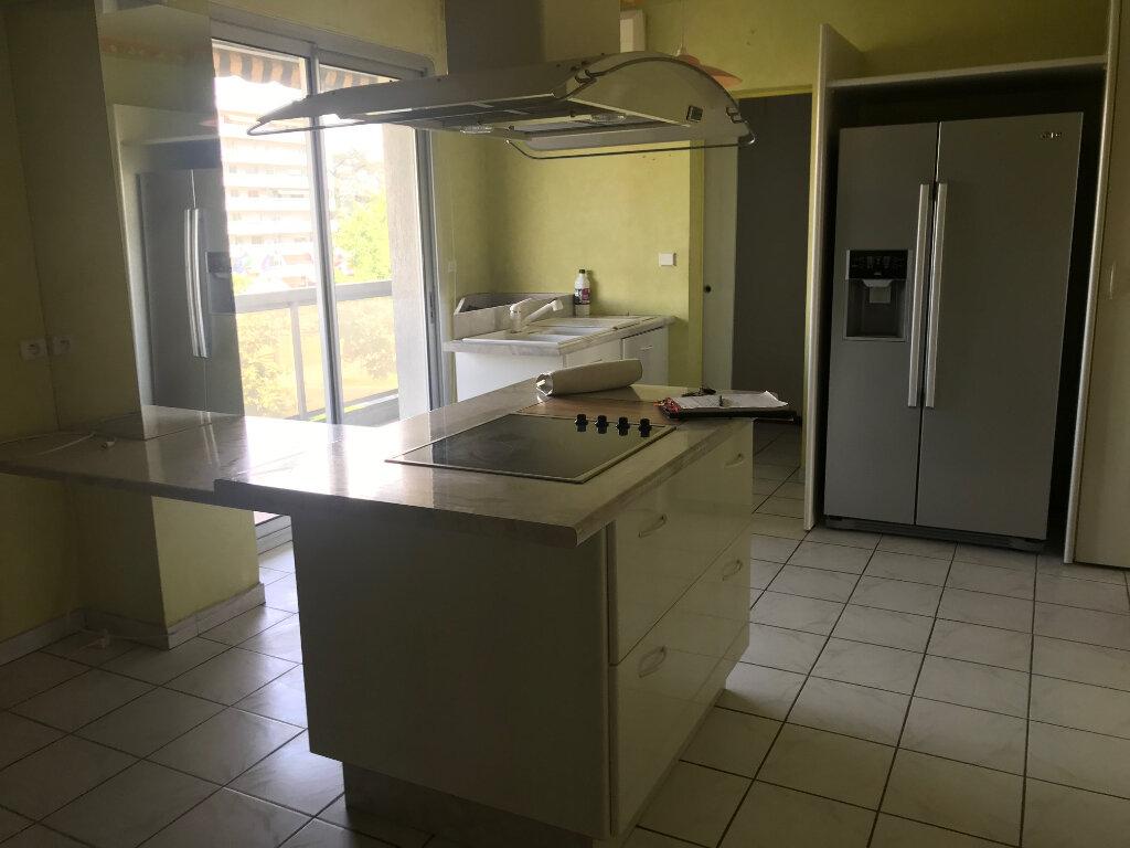 Appartement à louer 3 89m2 à Romans-sur-Isère vignette-7