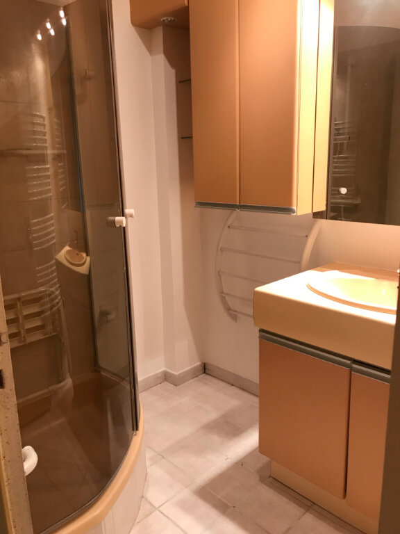 Appartement à louer 3 89m2 à Romans-sur-Isère vignette-8