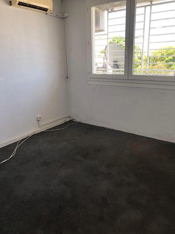 Appartement à vendre 5 106m2 à Pointe-à-Pitre vignette-10